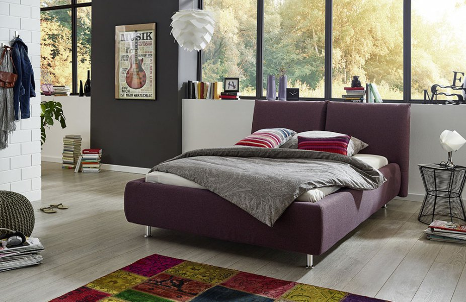 die neue pantone farbe des jahres ultra violett online m bel magazin. Black Bedroom Furniture Sets. Home Design Ideas