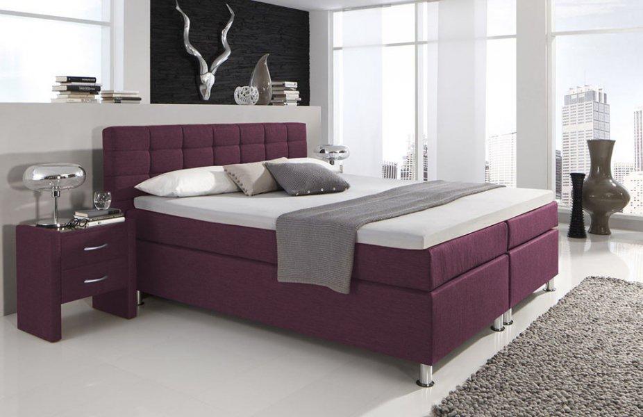 Die Neue Pantone Farbe Des Jahres: Ultra Violett