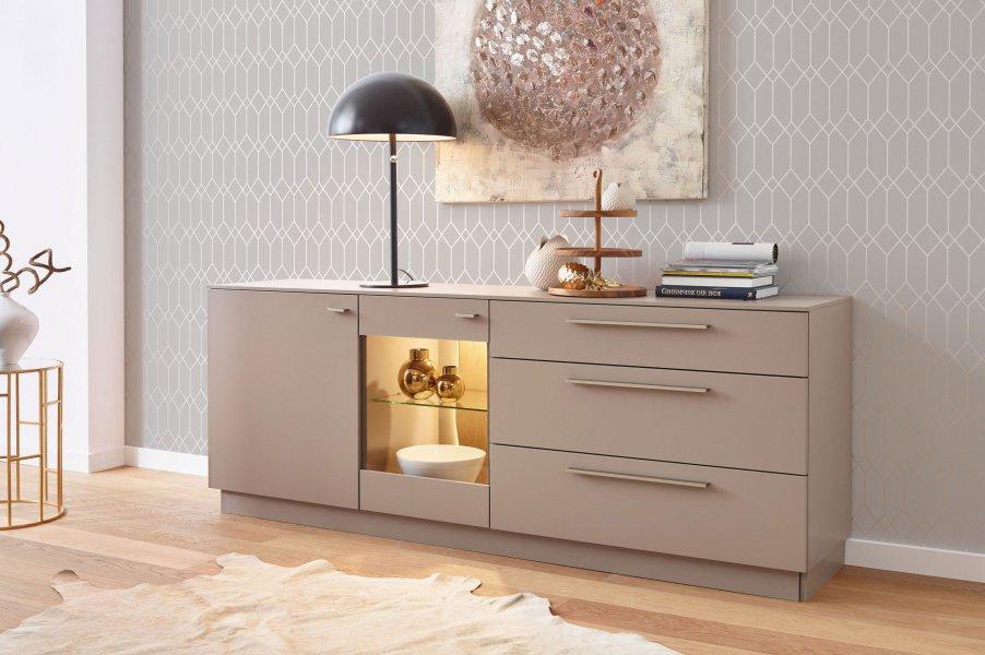 kommoden als stauraumk nstler vorgestellt online m bel. Black Bedroom Furniture Sets. Home Design Ideas