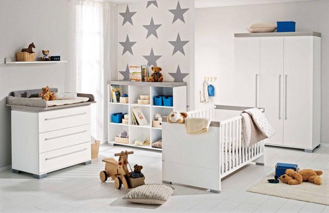 Babyzimmer mit neutraler Wandgestaltung