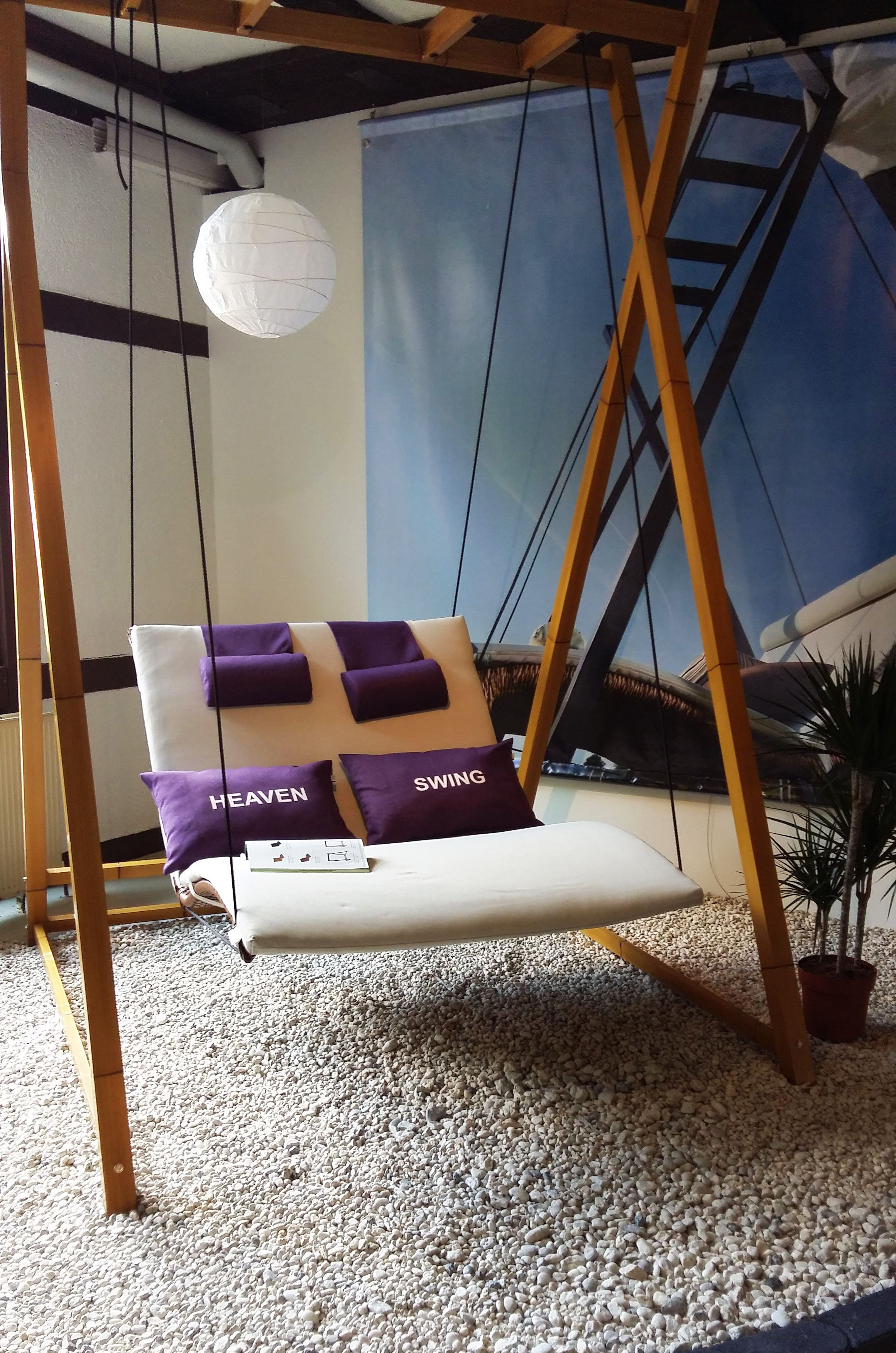 mbm queen 39 s garden vereint f r pures genie en im gr nen wohnzimmer online m bel magazin. Black Bedroom Furniture Sets. Home Design Ideas