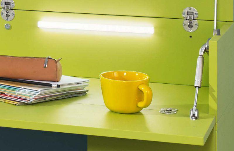 Schreibtisch ELmore von Rudolf mit integrierter Beleuchtung