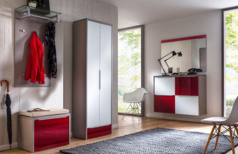 Multi-Color Gloss von Wittenbreder - Garderobe in Rubinrot/Weiß