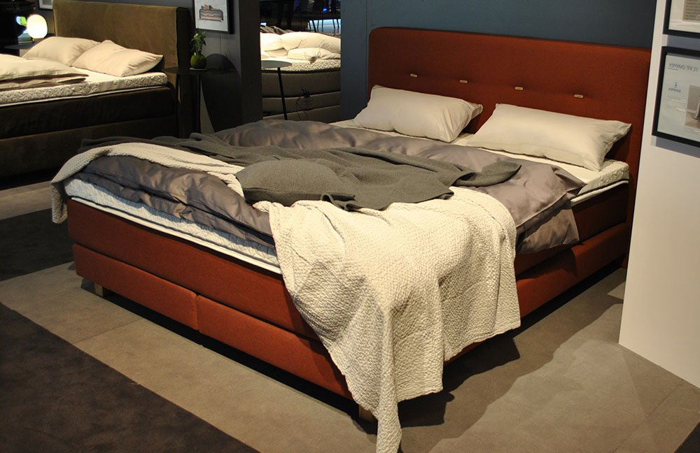 die highlights und trends der imm cologne 2018 online. Black Bedroom Furniture Sets. Home Design Ideas
