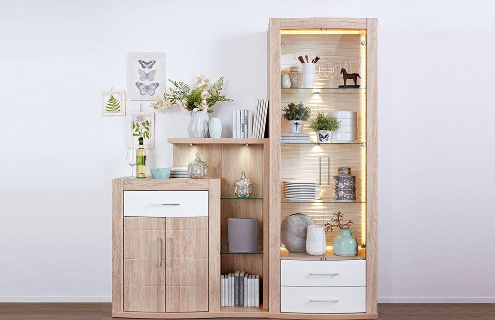 Wohnzimmergarnituren im style check online m bel magazin for Wohnwand landhausstil creme