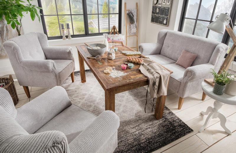 Sofagruppe im Landhausstil