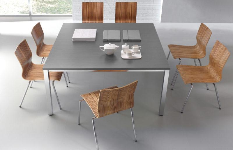 Konferenztisch E10 für 8 Personen