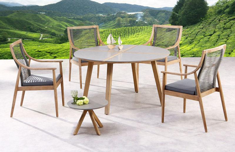 Sitzgruppe aus Eukalyptus Grandis-Holz